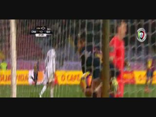 Chaves 4-3 Vitória Guimarães - Golo de Davidson (38min)
